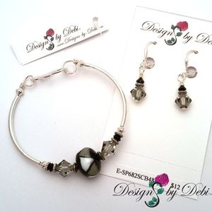 Glass & Crystal Triangles Fitted Bangle & Earrings